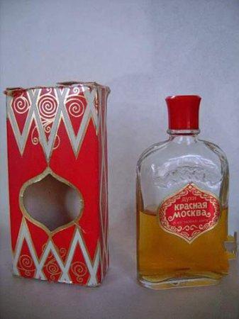 Косметика СССР (25 фотографий)