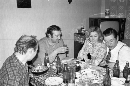 Друзья в гостях: 70-е